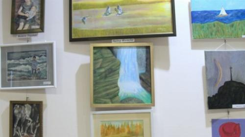 Obrazek galerii wernisaż VII wystawy Uniwersytetu III Wieku